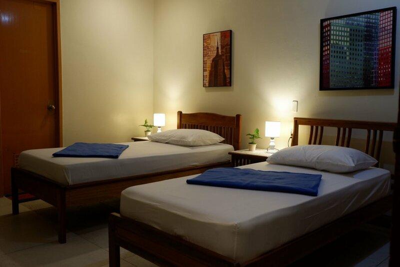 Island Breeze Hostel - Cebu Central