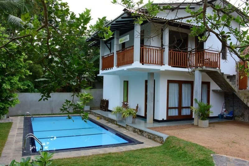 Villa Blue Water Hikkaduwa