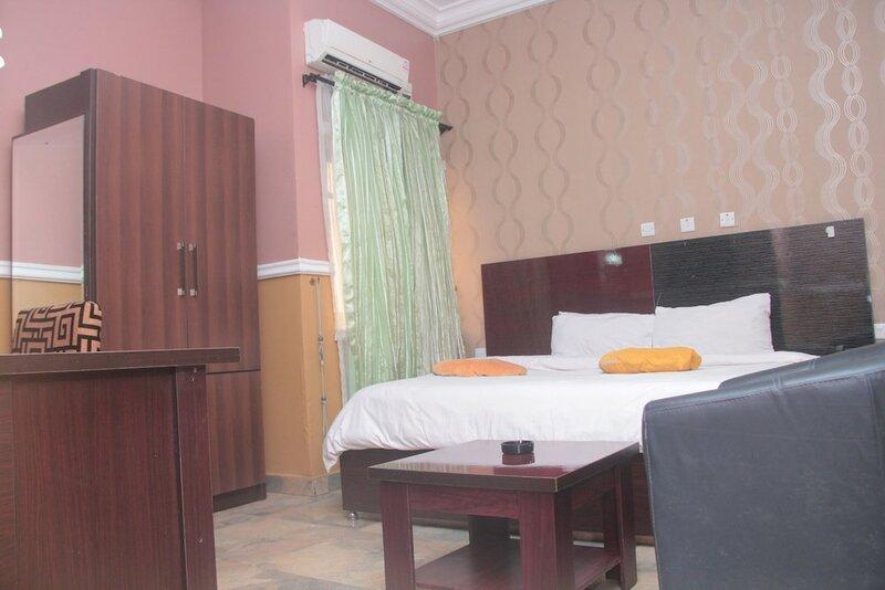 Titanic View Hotel & Suites Ltd