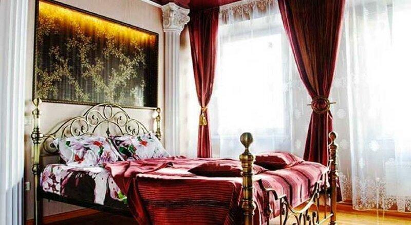 The best one-bedroom apartment on Moskovskaya street - Лучшая двухкомнатная квартира на Московской улице, четыре спальных места, RentHouse