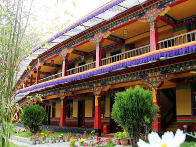 Lhasa Jia Re Bu Tong Yododo Inn