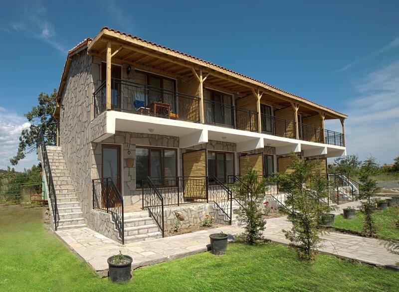 Sivrice Faros Hotel