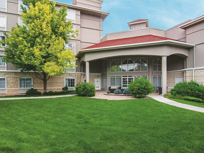 La Quinta Inn & Suites by Wyndham Denver Airport Dia