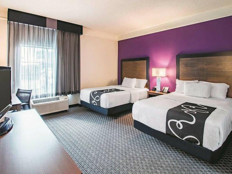 La Quinta Inn & Suites Fort Worth City View