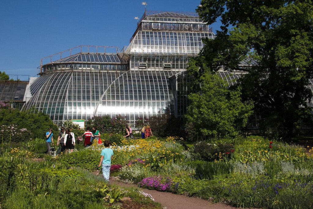 фото ботанического сада на алтуфьевском шоссе выдержан стиле ренессанс