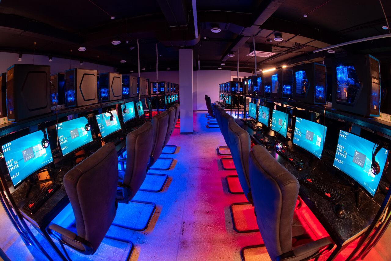 Компьютерные зал в картинках