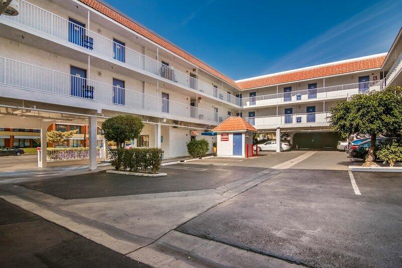 Motel 6 Monterey Park, Ca