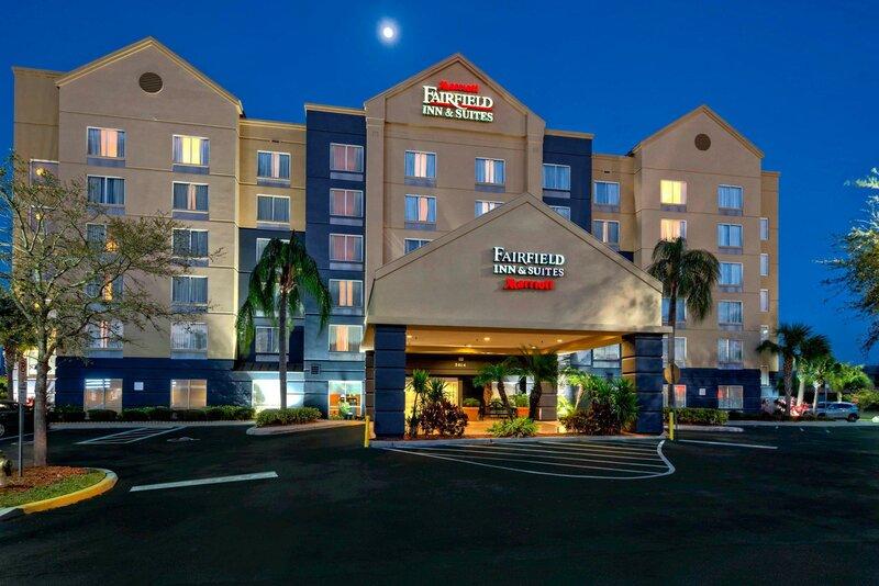 Fairfield Inn & Suites by Marriott Near Universal Orlando
