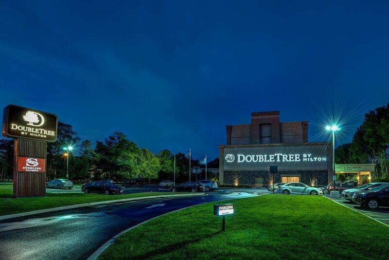 Doubletree by Hilton Tinton Falls - Eatontown