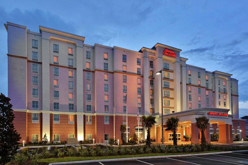 Hampton Inn & Suites Orlando Airport @ Gateway Village, Fl