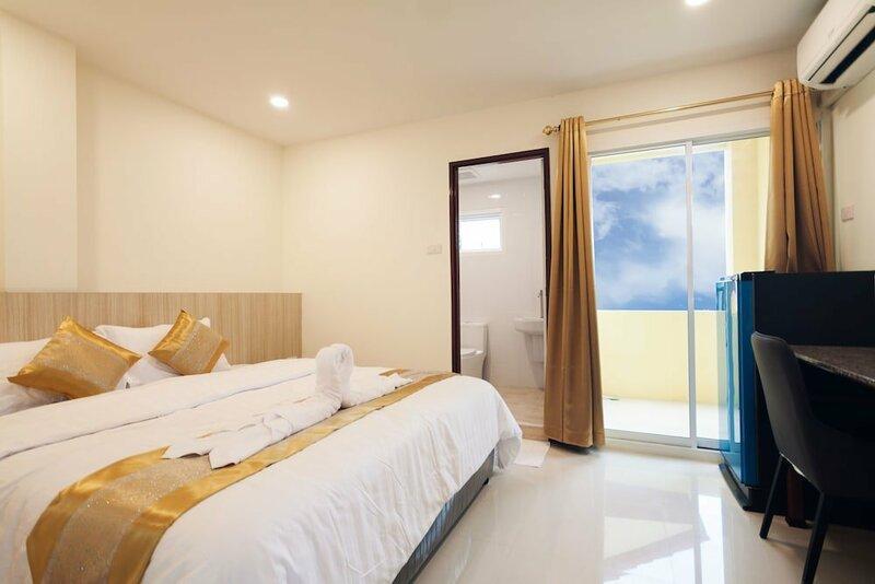 The Pattaya Inn