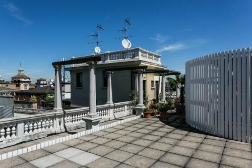 Temporary House Milan City Center