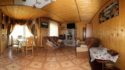 Kovcheg Holiday Home