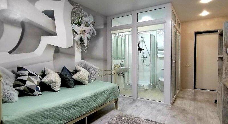 Molex Apartments 3