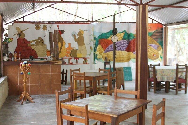 Campamento Yaaxche EN Calakmul