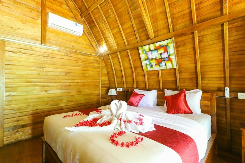 Bougainvillea bungalow