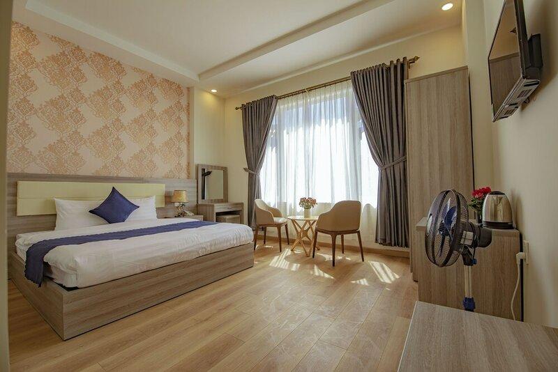 Khanh Uyen Hotel
