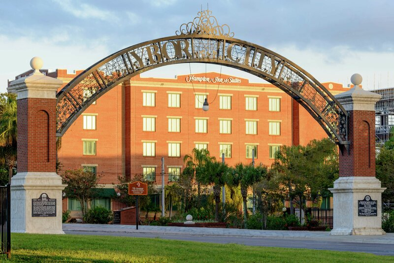 Hampton Inn and Suites Tampa - Ybor City Downtown