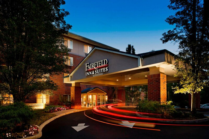 Fairfield Inn & Suites by Marriott Lake Oswego