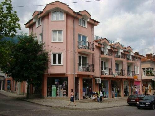 Deloni Hotel