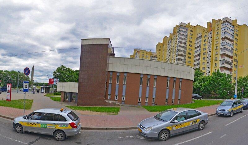 Apartments on Prospekt Pobediteley