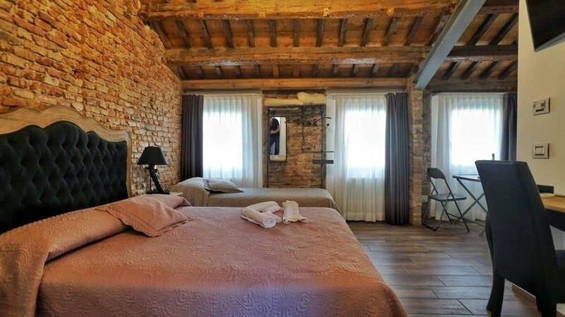 Barbara's Rooms
