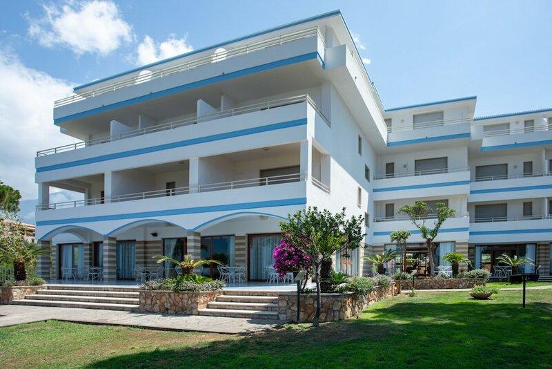 Club Residence La Castellana Mare