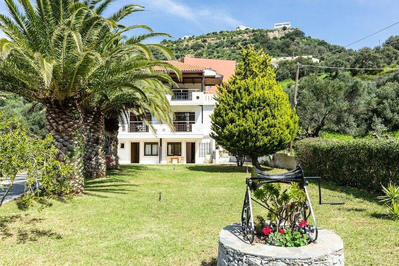 Santa Maria Studios & Apartments