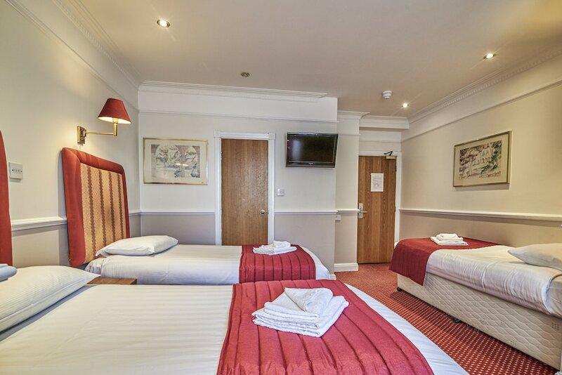 Hyde Park Radnor Hotel