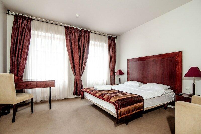 Отель Navalis