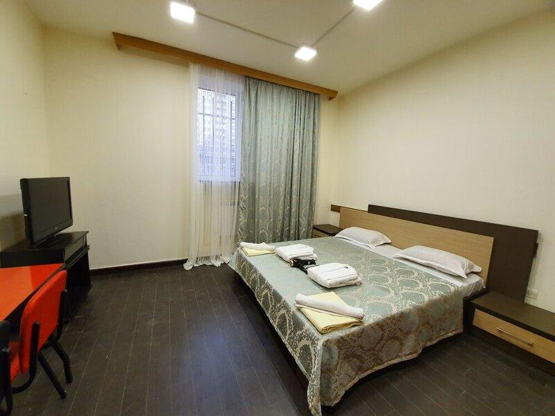 Doss Hostel & Hotel