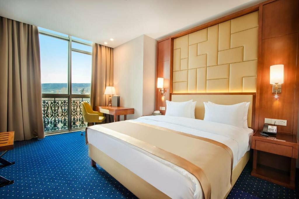 гостиница — Отель New Tiflis — Тбилиси, фото №2