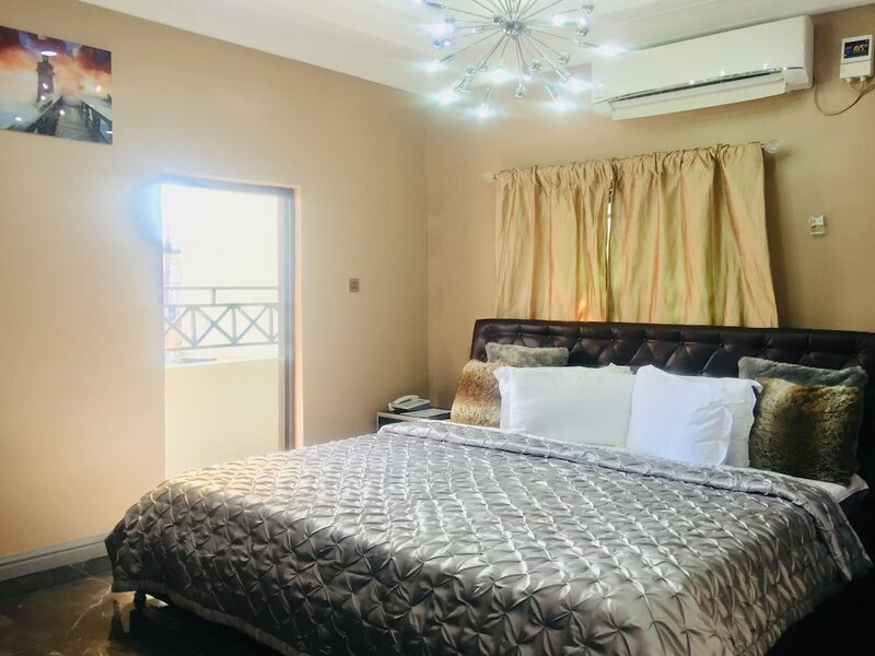 Platinum Inn Gee Hotel Ikoyi