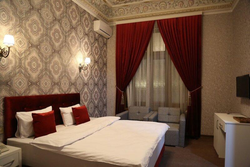 Nizami Hotel
