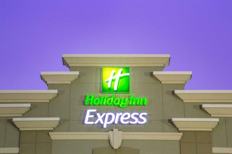 Holiday Inn Express - Layton