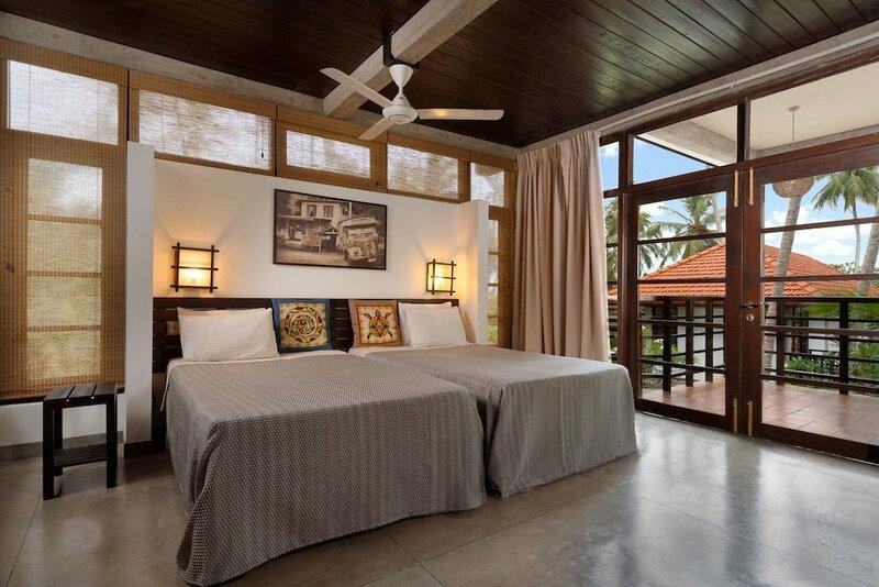 Отель Seven Turtles Resort