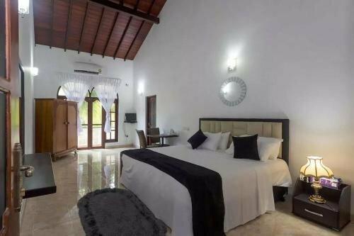 Negombo Beach Villa