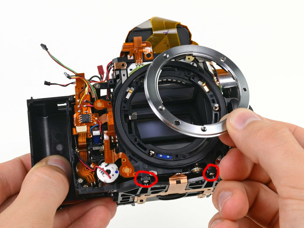 кстати ремонт дисплея фотоаппарата делать
