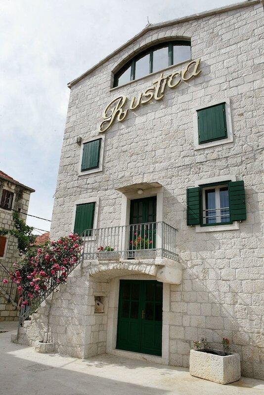 Villa Rustica Dalmatia Apartments