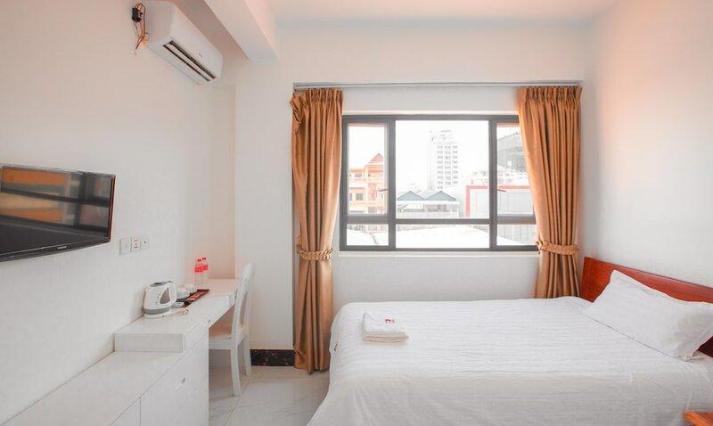 Cambodia Eren Hotel