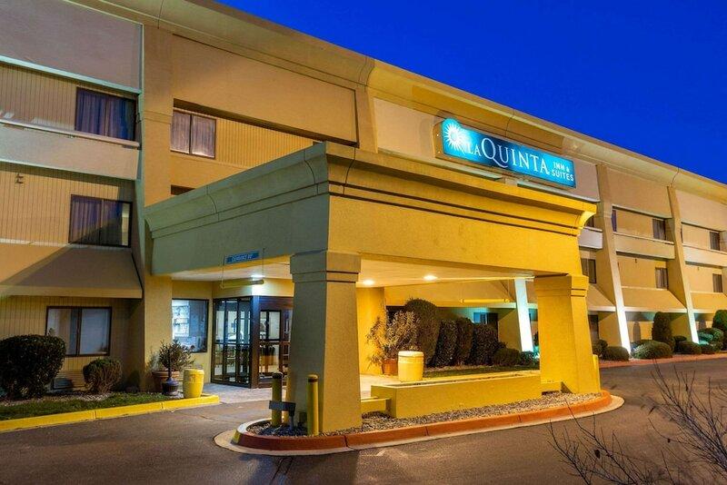 La Quinta Inn & Suites by Wyndham Albuquerque Journal Ctr Nw