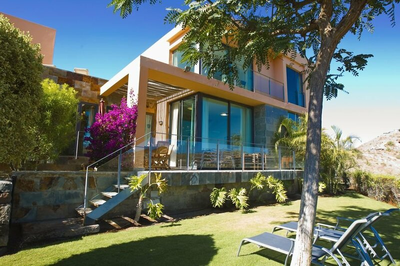Villa in San B. de Tirajana, Gran Canaria 102881 by Mo Rentals