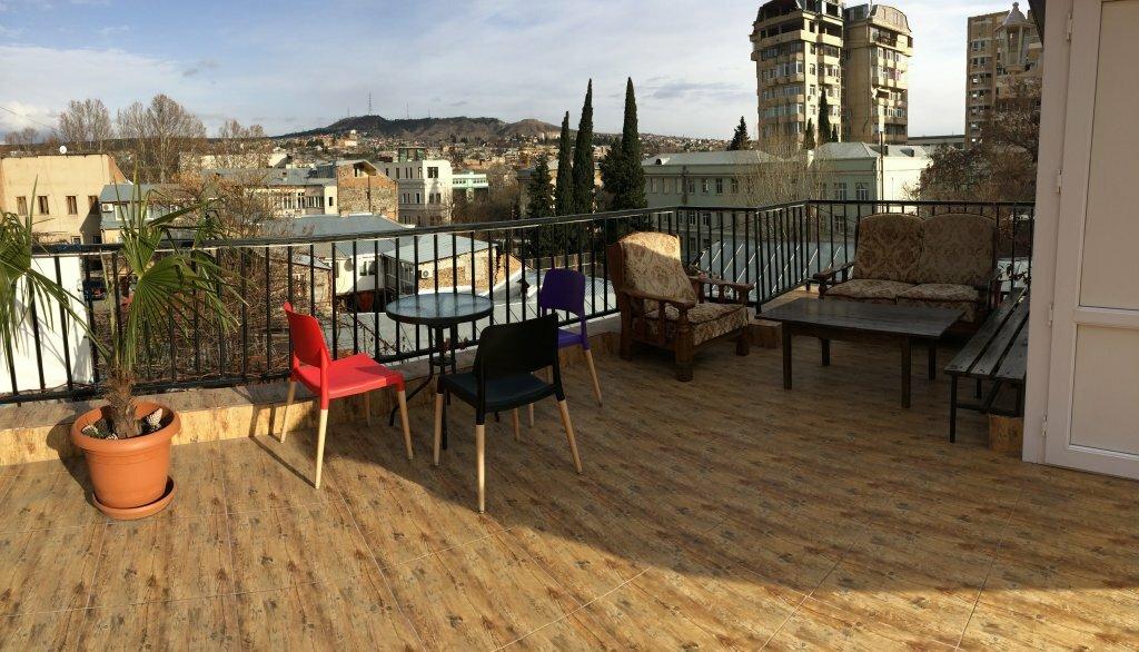гостиница — Гостевой Дом Near Opera — Тбилиси, фото №2