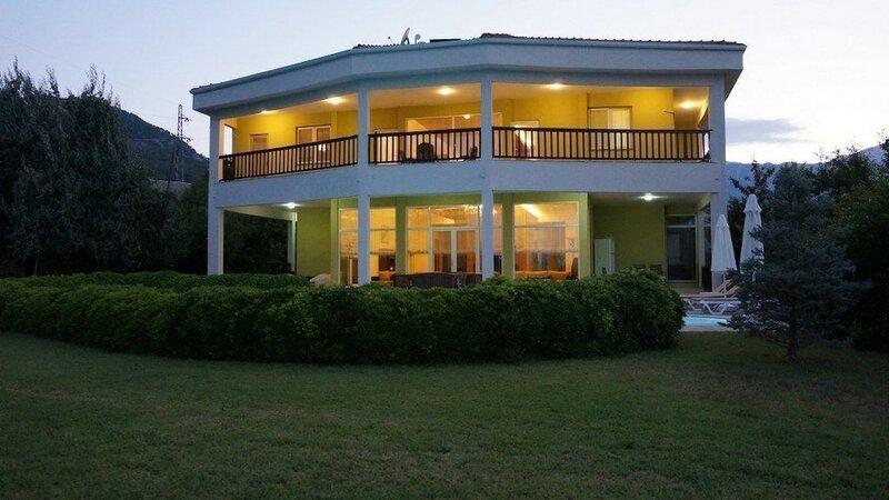 Villa Tacmahal
