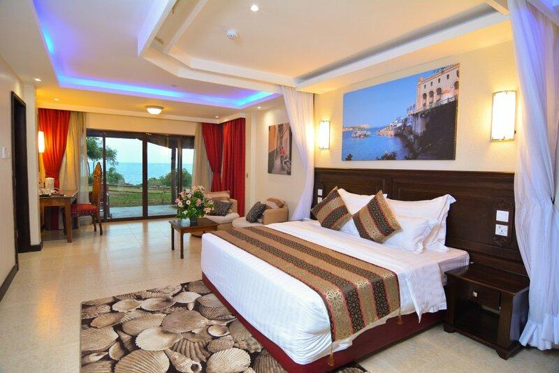 Отель PrideInn Paradise Beach Resort & SPA