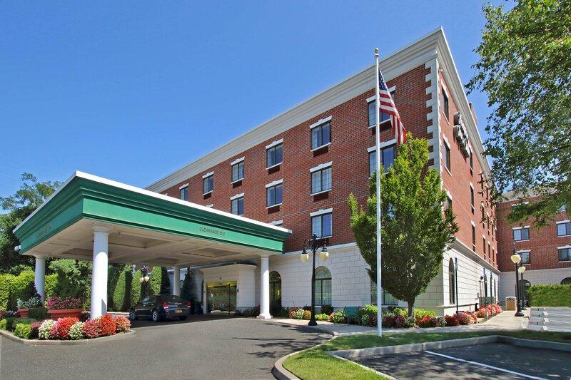 Hampton Inn & Suites Rockville Centre - Ny Hotel