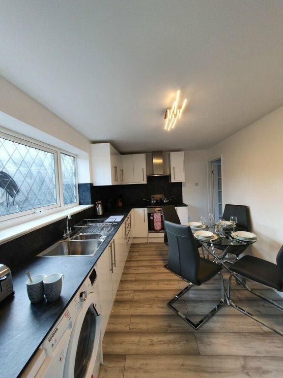 Stylish Modern House in Leamington SPA