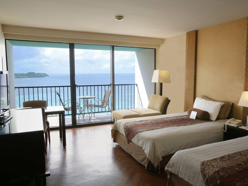 Отель Guam Reef