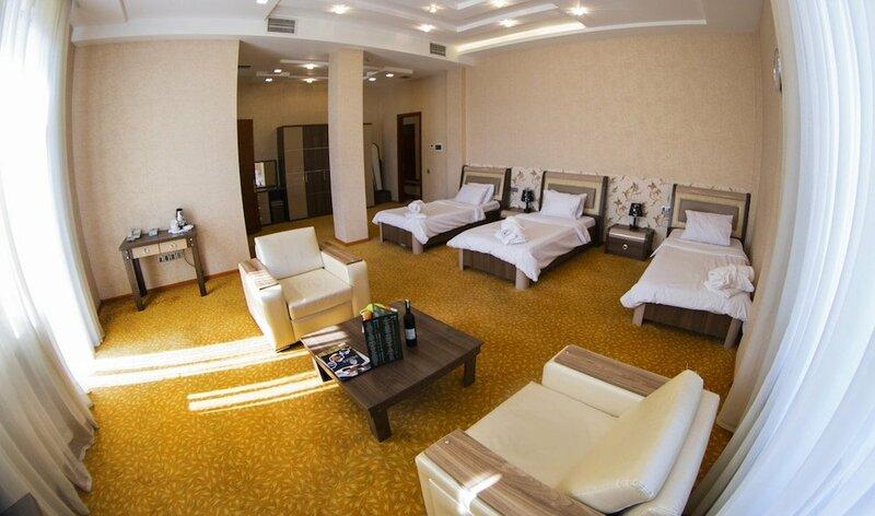 Отель Astola