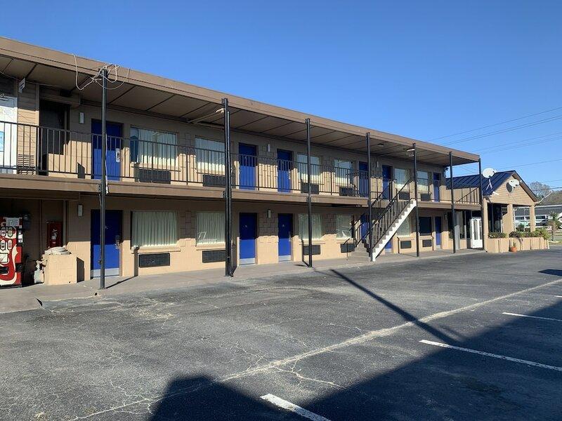 Amercias Best Value Inn Greenville